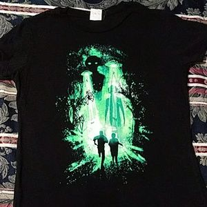X-files graphic tee